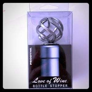 Prodyne Love of Wine bottle stopper. Brush chrome
